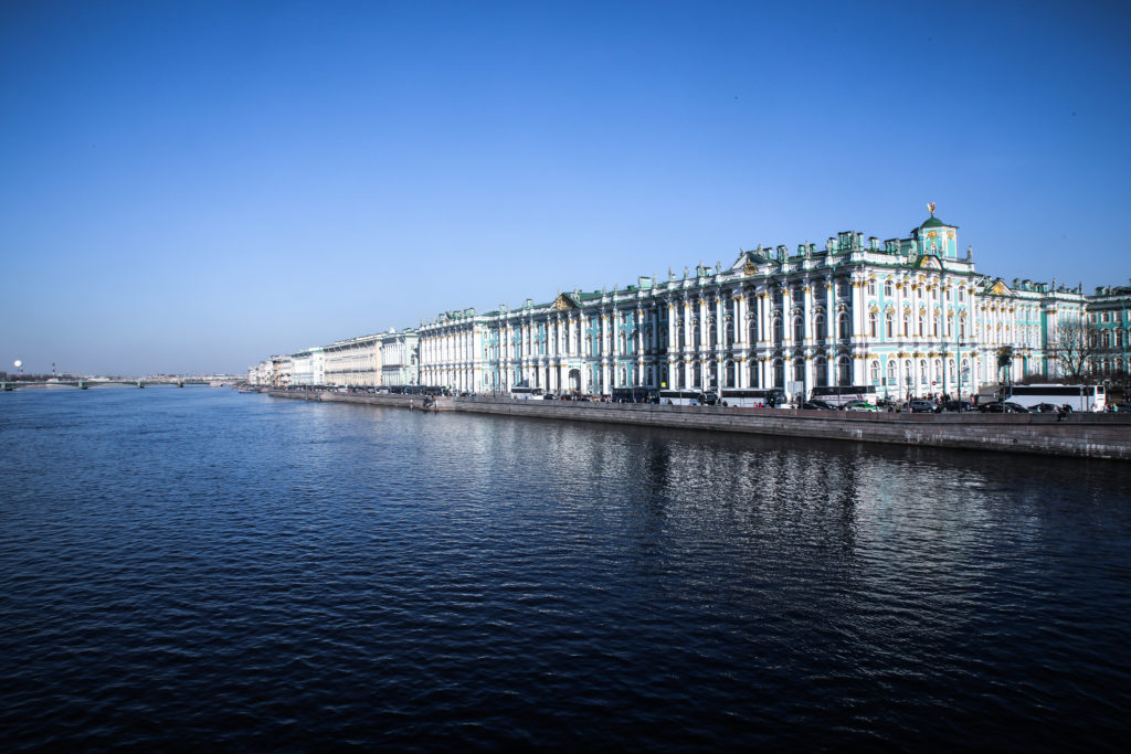 Kuinka venäläiset käyttävät sosiaalista mediaa ostosten tekemiseen